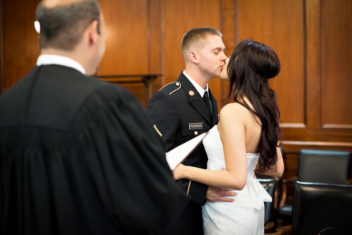 Wedding Gifts For Military Couples: 12 Tips For An Amazing Courthouse Wedding