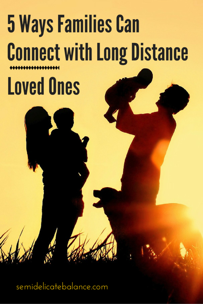 5 Ways Families Can Connect With Long Distance Loved Ones-2