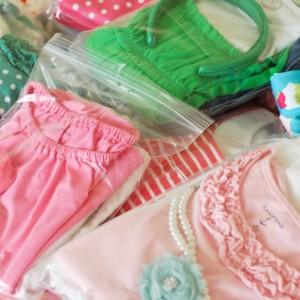 w583h583_178143-put-one-outfit-per-plastic-bag-per-child
