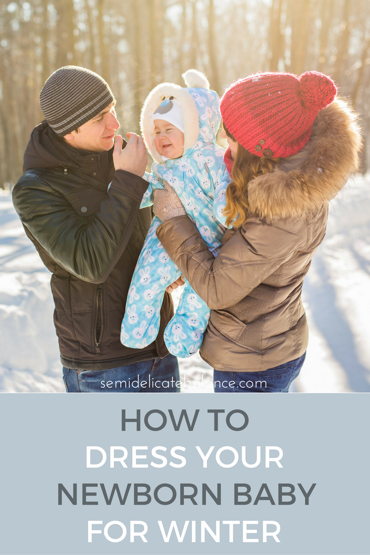 How to dress your newborn baby for winter png