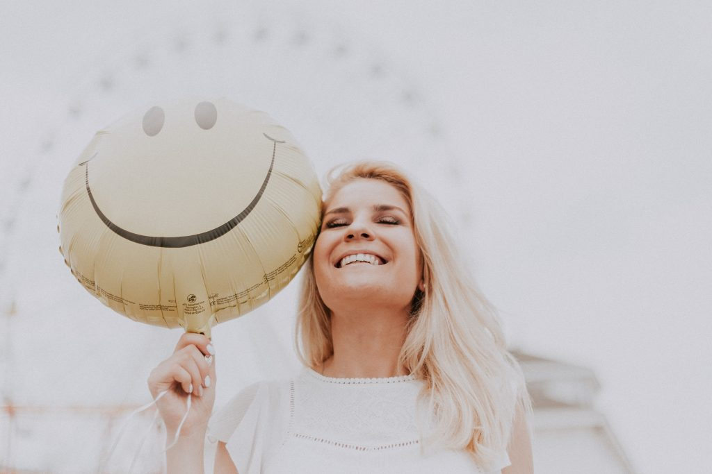25 True Happiness Quotes To Instantly Make You Feel Better
